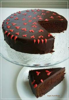 Arjen Aurinkoja: Punajuuri-suklaakakku