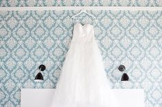 How to prepare for your wedding photos Wedding Planning Tips, Wedding Tips, Wedding Planner, Wedding Photos, Wedding Day, Wythe Hotel Brooklyn, Days Hotel, Wedding Photography Tips, Hotel Wedding