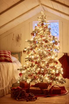 All of the 12 Trees of Christmas 2020 - French Country Cottage French Christmas Tree, Different Christmas Trees, Cottage Christmas, Holiday Tree, Blue Christmas, Christmas Colors, Holiday Decor, Christmas Ideas, Christmas Decorations