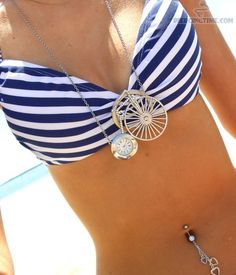 i wannttt my belly button pierced! Belly Button Piercing Jewelry, Bellybutton Piercings, Belly Rings, Belly Button Rings, Belly Art, Polka Dot Bikini, Cute Bikinis, Sexy Body, Shoes