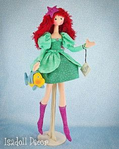 Princesas e figuras históricas se transformam em bonecas de pano   Fashionatto