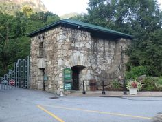 Chimney Rock Gate Pr