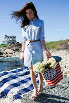 Coastal Living (Classy Girls Wear Pearls)