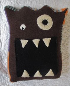 Resweater: Jack's Christmas present - Kangamonster pillow