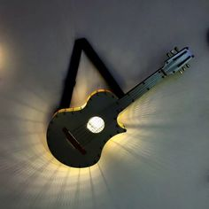 Guitar Crafts, Music Crafts, Guitar Art, Diy Home Crafts, Bedroom False Ceiling Design, House Furniture Design, Cool Woodworking Projects, Wall Lamps, Decoration