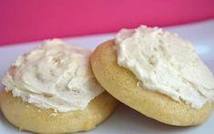 galette sirop érable glaçage Cookie Desserts, Cookie Bars, Cookie Recipes, Biscuit Cookies, Biscuits, Bagel, Muffins, Deserts, Brunch