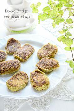 broccoli and millet pancakes New Recipes, Vegan Recipes, Salmon Burgers, Vegan Food, Poland, Broccoli, Pancakes, Menu, Gluten Free