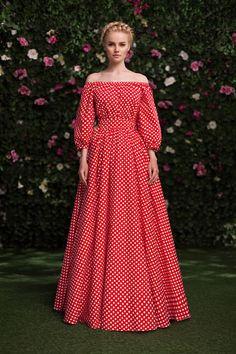 Платье «Маруся» красное в горох — 19 990 рублей