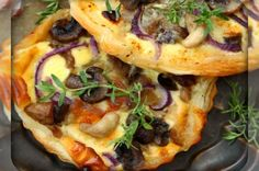 Cupcakes with mushrooms and cheese. Recipes with photos.