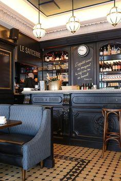 Rustic Restaurant Interior, Bistro Interior, Decoration Restaurant, Bar Interior Design, Cafe Design, Decor Pub, Irish Pub Decor, Bistro Design, Design Design