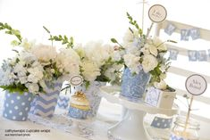 How to decorate your Holiday centrepieces with hydrangea blue florals & polka dot flower vases and cupcake wraps - Cathys Wraps - Free blue chevron (zig zag) printable to dress up your table tops in mix & match patterns.