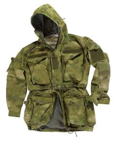 Leo Köhler operator smock in A-tacs pattern. Why don't they make in khaki?