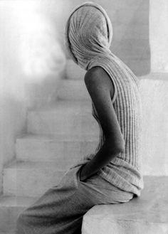 Stairs, wool, hooded top