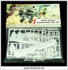 Plastic Model Kits, Plastic Models, Vintage Models, Vintage Toys, Airfix Models, Airfix Kits, Hobby Toys, Striped Bags, Old Toys