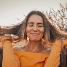 Adding vitamin E to your skin care routine may be the key to your supple skin dreams – quest Best Mindfulness Apps, Body Shop Vitamin E, Hydrating Toner, Beauty Balm, Toner For Face, Oxidative Stress, Skin Firming, The Body Shop, How To Run Longer