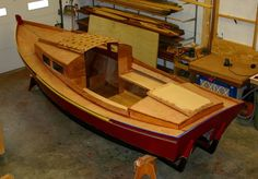 Woodworking Boats There are plenty of useful suggestions pertaining to your… Plywood Boat Plans, Wooden Boat Plans, Wooden Boats, Raft Building, Wooden Boat Building, Building Ideas, Cool Boats, Small Boats, Mini Pontoon Boats