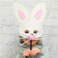 Would your child like a free Kids Spring Easter Bunny Craft Box? If the answer is yes both O2 Priority and toucanBox have the perfect answer for you.