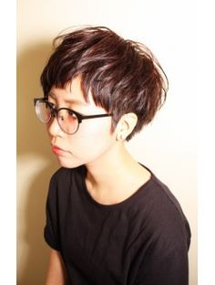 遊び心☆アシメ2ブロショートとチョコレートアッシュブラウン Great Haircuts, Cute Hairstyles For Short Hair, Latest Hairstyles, Short Grey Hair, Short Hair Cuts, Short Hair Styles, Love Hair, My Hair, Corte Pixie