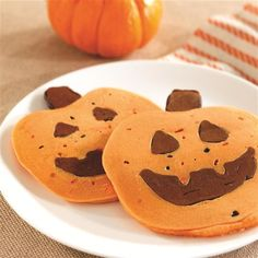 Happy Halloween Pancakes from Smucker's®