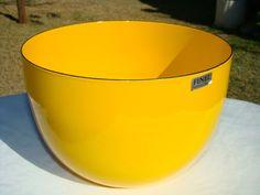 <3 this enamelware bowl