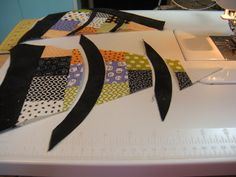 Life in the Scrapatch: Spider Web Quilt-Along ~ Part 3 ~ Cutting and Sewing the Spider Web Curves