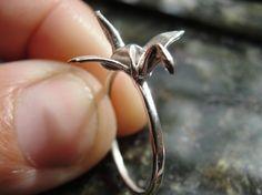 fine silver miniature origami crane ring (jewelry, ring, bird, crane, animal, metal, silver)