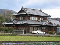 Japanese country homes Japanese house Japanese Country Homes for the Unique and Homey Design Japanese Style House, Traditional Japanese House, Japanese Home Decor, Japanese Interior, Japanese Homes, Japanese Architecture, Residential Architecture, Architecture Design, Style At Home