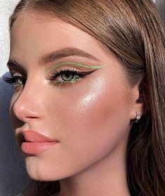 Eye Makeup Designs, Eye Makeup Art, No Eyeliner Makeup, Makeup Inspo, Winged Eyeliner, Eyeliner Ideas, Face Makeup, Eyeliner Tutorial, Edgy Makeup