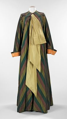 1945 silk Dressing gown by Charles James, American,