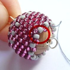seed bead necklace patterns for beginners Seed Bead Bracelets Tutorials, Beaded Bracelets Tutorial, Beading Tutorials, Beaded Necklace Patterns, Seed Bead Patterns, Beading Patterns, Bracelet Patterns, Seed Bead Crafts, Seed Bead Jewelry