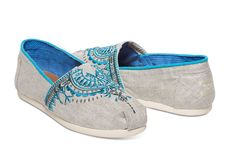 Featuring colorful, embroidered beading, this Classic Alpargata is a work of art. Plus, with more cushioning than ever, it's guaranteed to…