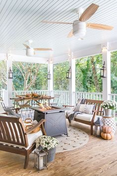 8 simple ways to add cozy style to your porch and outdoor spaces for Fall with tips for lighting, warmth, and an easy color palette. - Bless'er House #falldecor #porchdecor