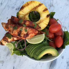 Oh man! wasn't going to post this tonight...but I HAVE to share! Tonight's Dinner: Kale Salad with Lime dressing, Grilled Pineapple, and no-refined sugar BBQ sauce Chicken Tenders! I have a few TRICKS for you! ➡For the fresh Kale: Dressing: 2 Tbsps olive oil 1 Tbsp apple cider vinegar 1 tsp...