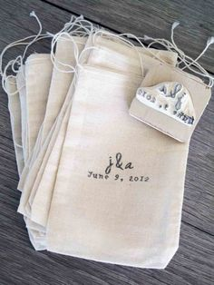 Custom Wedding Favor Bags and Rubber Stamp e1346067086477 Personalize Your Wedding