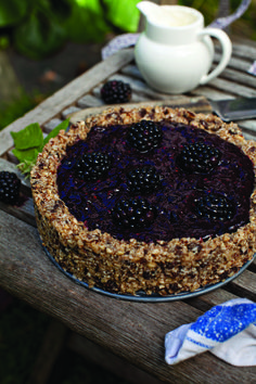 An anti-ageing Blackberry Tart with Almond Pastry recipe from the The Extra Virgin Kitchen cookbook - almonds are rich in vitamin E and raisins are rich in resveratrol, both amazing for the skin. Water Recipes, Raw Food Recipes, Dessert Recipes, Healthy Recipes, Healthy Desserts, Healthy Food, Blackberry Tart Recipes, Almond Pastry, Love Eat