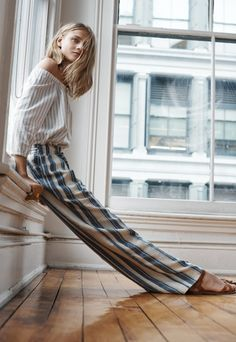 stripes outfit stripes outfit fall stripes outfit black and white stripes outfit summer stripes outfit dress striped shirt outfit striped pants Look Fashion, Street Fashion, Womens Fashion, Fashion Trends, E Claire, Beige Outfit, Into The Fire, Jolie Lingerie, Street Style