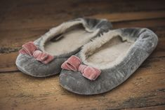 Slippers under the bed! Reclaimed Timber, Timber Flooring, Cornwall, Moccasins, Slippers, Boards, Dance Shoes, Cottage, Bed