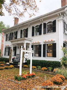 We recently enjoyed a fall trip to Vermont. I shared part one of our vacation a few days ago and now I'm sharing part two. Beautiful Homes, Beautiful Places, October Country, Fall Pictures, Halloween Pictures, Autumn Scenes, New England Homes, Best Seasons, Victorian Homes