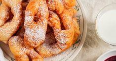 Tradičné fašiangové pochúťky: Najlepšie recepty bez ktorých sa na fašiangy nezaobídete! Donuts, No Bake Cake, Ale, Kefir, French Toast, Food And Drink, Baking, Breakfast, Sweet
