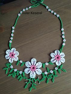 Loom Beading, Beading Patterns, Crochet Necklace, Beaded Necklace, Simple Necklace, Diana, Handmade Jewelry, Beads, Flowers