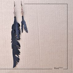 Brinco Pena - Feather Earring - Rust Miner