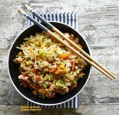 Zdjęcie: Kurczak z woka z ryżem i warzywami Grains, Vegetables, China, Food, Veggies, Essen, Vegetable Recipes, Yemek, Porcelain Ceramics