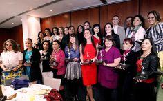 Entregan senadoras y CMB galardones a las mujeres que han destacado en el boxeo y en el periodismo deportivo - http://plenilunia.com/estilo-de-vida/deportes/entregan-senadoras-y-cmb-galardones-a-las-mujeres-que-han-destacado-en-el-boxeo-y-en-el-periodismo-deportivo/33866/