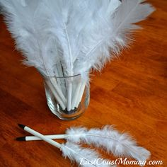 East Coast Mommy: Harry Potter Spell Books and Quills {with free printables}