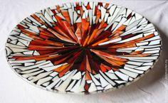"Блюдо ""Луч"" - стекло ручной работы, фьюзинг, Оксана Горбунова Mosaic Crafts, Mosaic Projects, Projects To Try, Mosaic Ideas, Mosaic Designs, Mosaic Patterns, Fused Glass, Stained Glass, Mosaic Bottles"