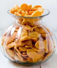 Cheesy Fish Crackers Recipe ~ easy to make and they contain only ingredients we can pronounce!