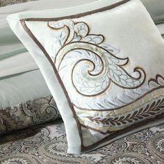 Madison Park Cotswald 7-Piece Comforter Set