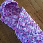 Crochet Hooded Baby Blanket: FREE crochet pattern