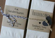 Tissues for tears of happiness / Taschentücher für Freudentränen im Nature-Look mit Banderole und Verzierungen bei www.aylando.de