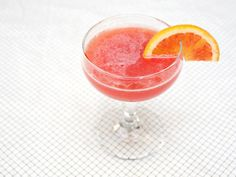 In addition to their jewel-toned color, blood oranges have an intense fragrance and vivid sweet-tart flavor, which makes them perfect for cocktails. The addition of spicy cinnamon-clove syrup adds a hint of something unexpected to this late-winter cocktail.
